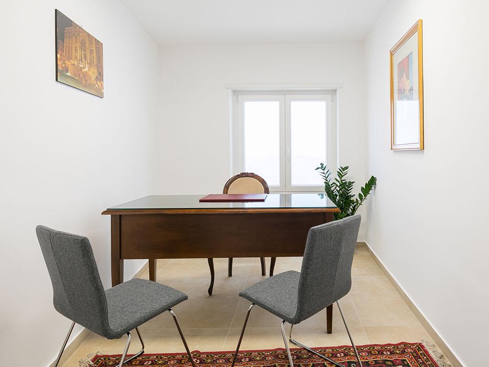 innovation-coworking-uffici-in-affitto-ufficio-privato-tiburtina-casal-bruciato-wifi-condizionata- segretaria-telefonica